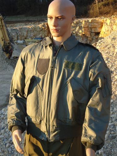 US Air Force Pilotenjacke Winter oliv gebraucht